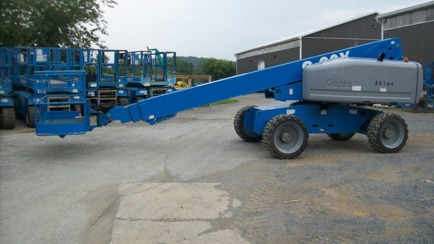 GENIE S60X Straight Boom Stock #76725