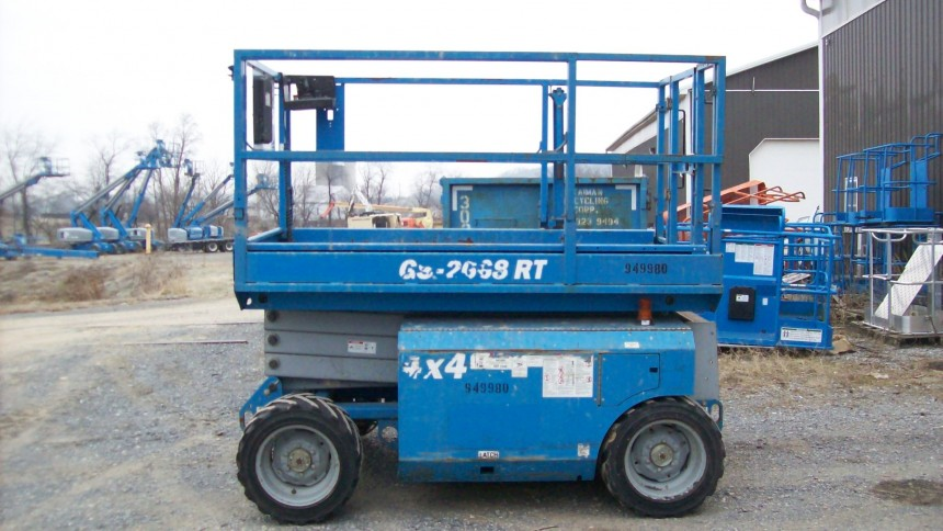 GENIE GS2668RT Scissor Lift Stock #78157