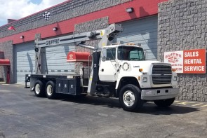 Terex TC2863 on '1996 Ford L8000 - Front Passenger Side
