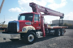Terex BT5092 on Freightliner 108SD Front Street Side View