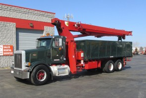 Terex BT4792 on 1998 Peterbilt 357 Truck - Front street side view