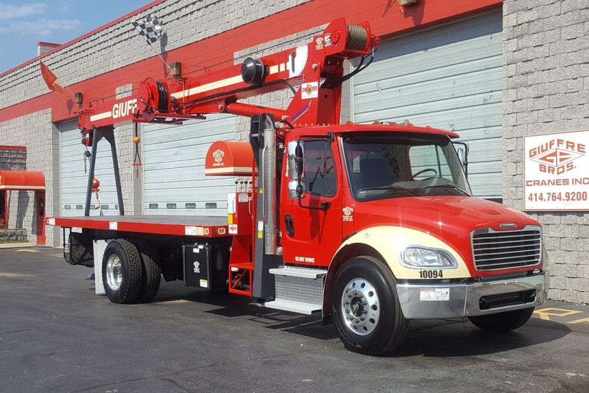 Manitex 1970C on 2018 Freightliner M2 - Front curb side