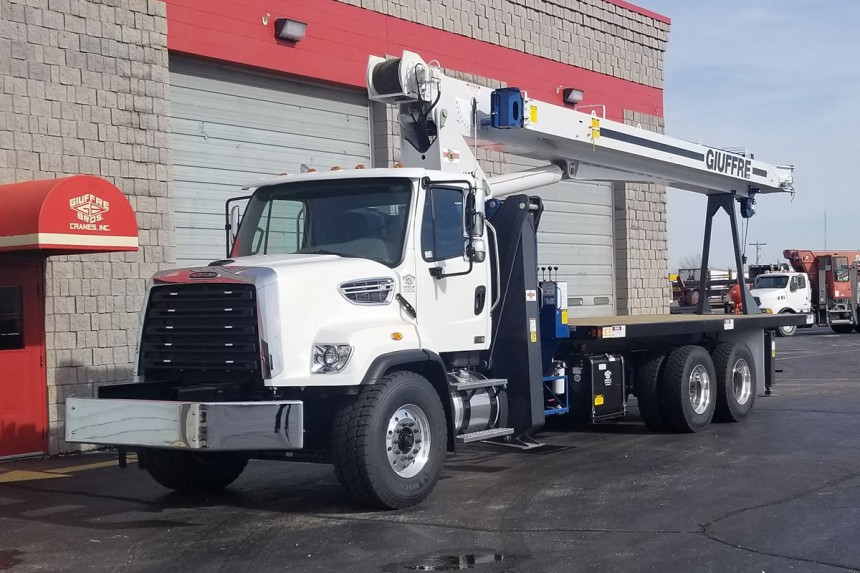 Manitex 2892C on 2019 Freightliner 108SD - Front Driver's Side