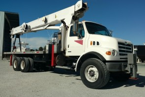 Terex BT60100 on 2004 Sterling LT7501 - Front Passenger Side