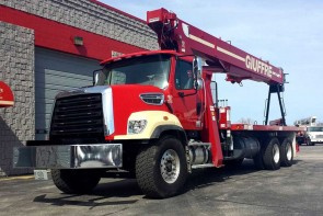 Terex BT5092 on 2014 Freightliner 108SD front street side