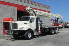 Terex BT28106 on 2016 Kenworth T470 Front street side
