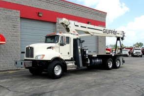 Terex BT4792 on 2016 Kenworth T470 Front street-side view