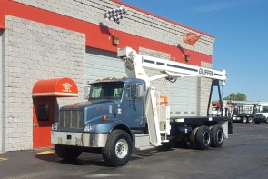 Terex BT3470 on 2004 Peterbilt 330 - Front driver's side