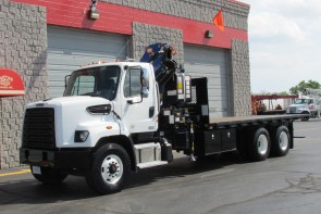 PM 16523 Knuckle on 2015 Freightliner 108SD - Front street side