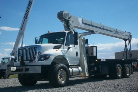 23 Ton National 8100D
